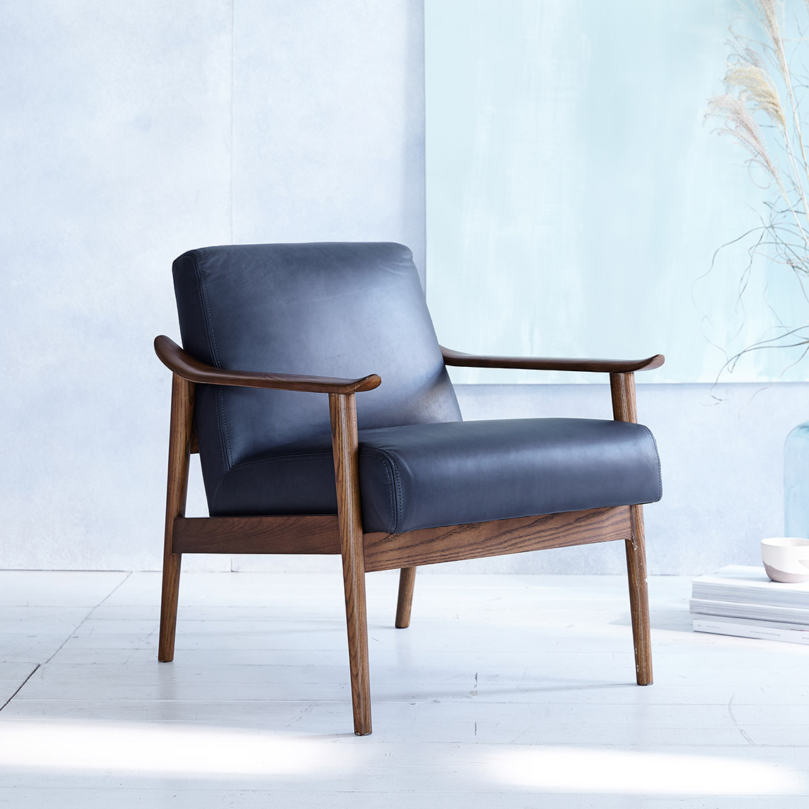 pip-mc-show-wood-leather-chair-agean-blue-leather-sp17-107